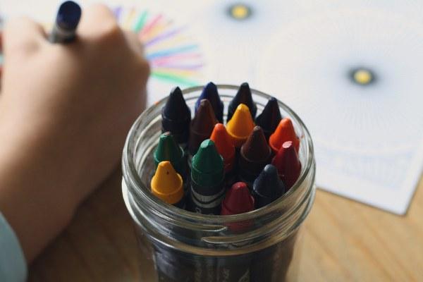 crayons 1445054 1920